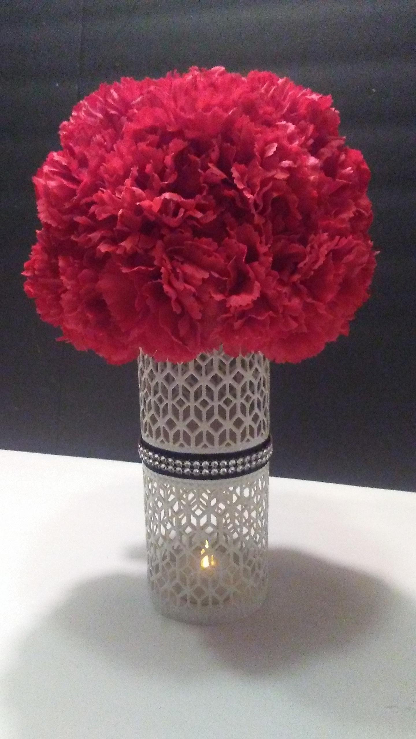 diy dollar tree flower decor dive into diy. Black Bedroom Furniture Sets. Home Design Ideas